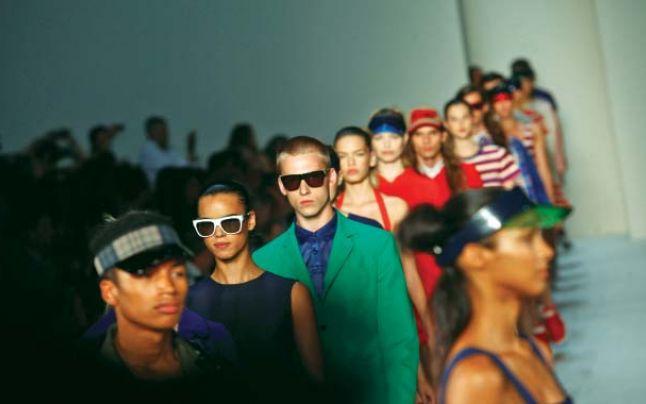 Fascinanta lume a modei