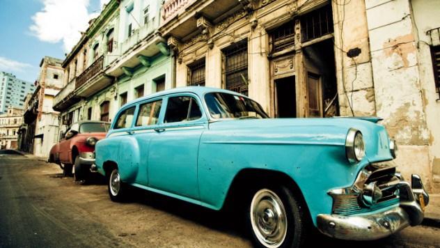 Auto in jurul lumii